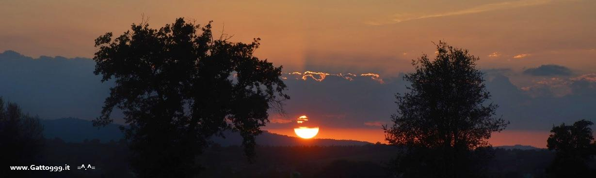 Emozioni e tramonto nella Campagna Toscana (Emotions and sunset in the Tuscan countryside) by Gatto NineNineNine