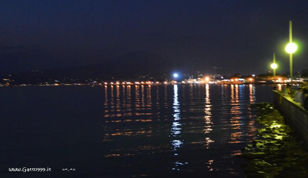 Peschiera del Garda by night ...