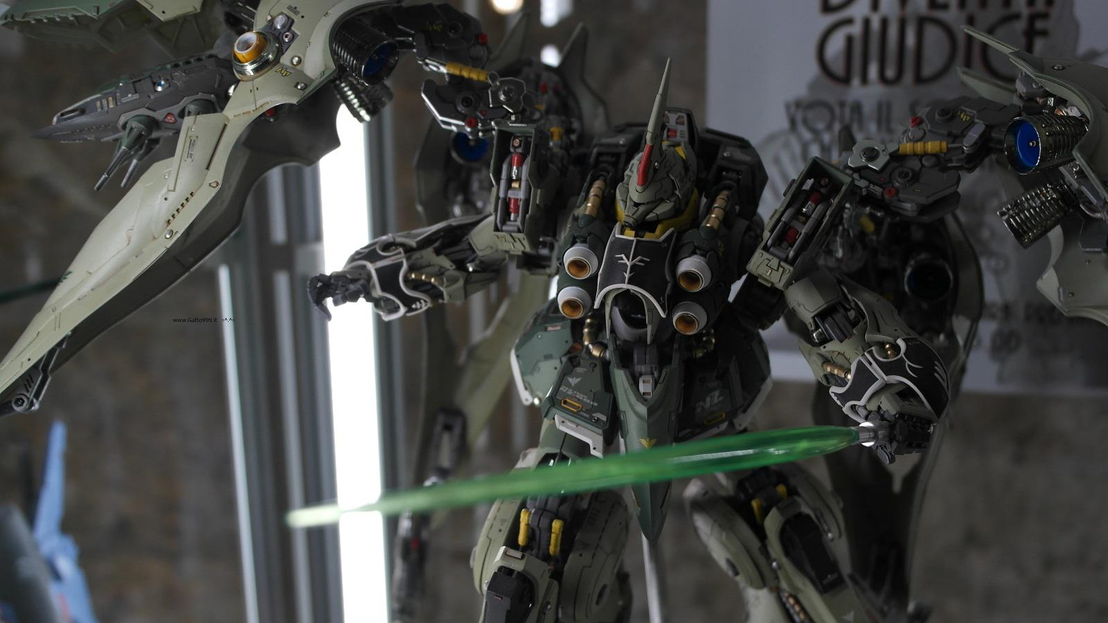 Lucca Comics and Games 2015 - special Zaku action figure