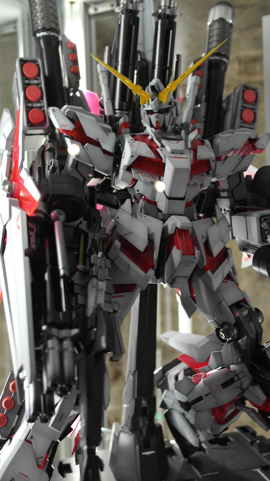 Lucca Comics and Games 2015 - special Gundam action figure