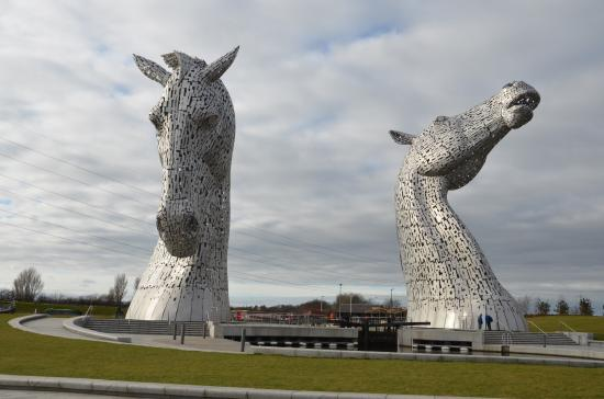 Map 1000 crazy places to see - Kelpies car park