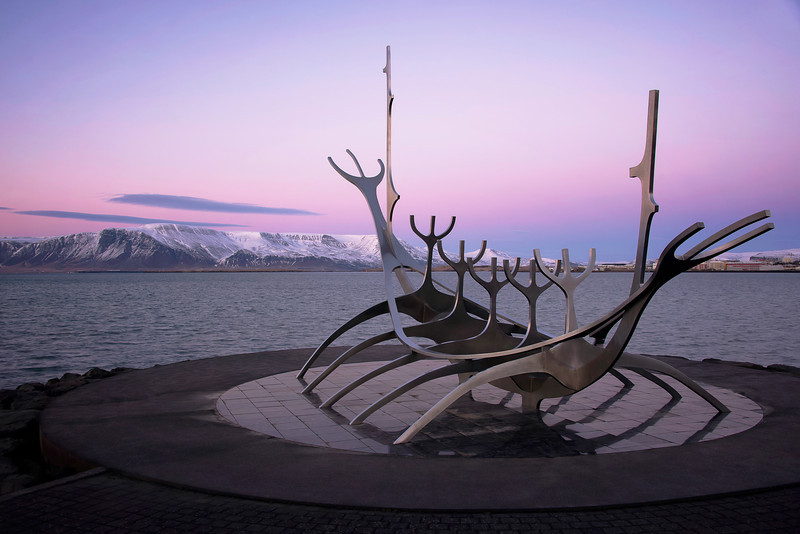 Map 1000 crazy places to see - Sun Voyager