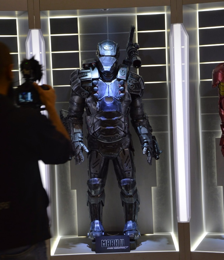 Sala delle armature di Ironman al Romics 2015 - Mark II