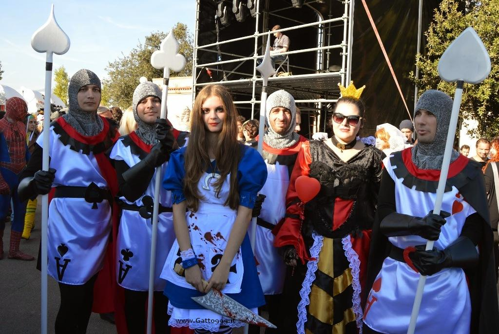 Cosplay la Regina di Cuori con le guardie e Alice McGee Madness Return - Lucca Comics 2014