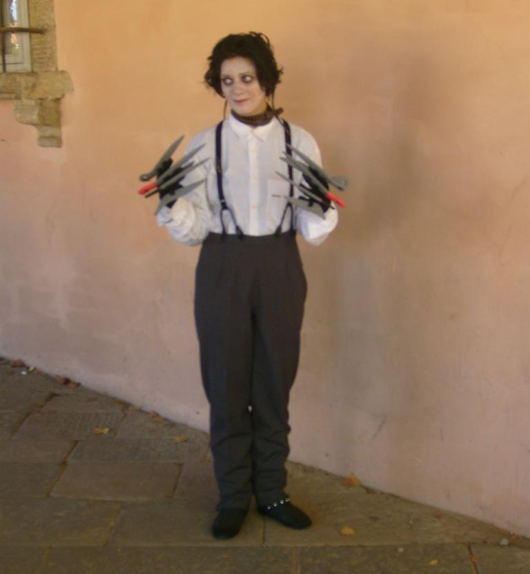 Lucca Comics and Games 2011 - Cosplay - Edward Mani di Forbice - Edward Scissorhands