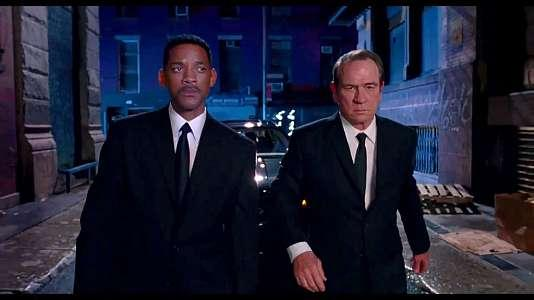 MIB3 - MIIIB = Men in Black 3 - Mr. Jones - Mr. Smith