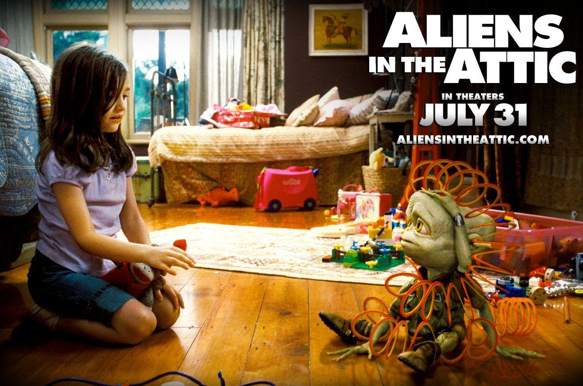 Alieni in Soffitta - Aliens in the Attic