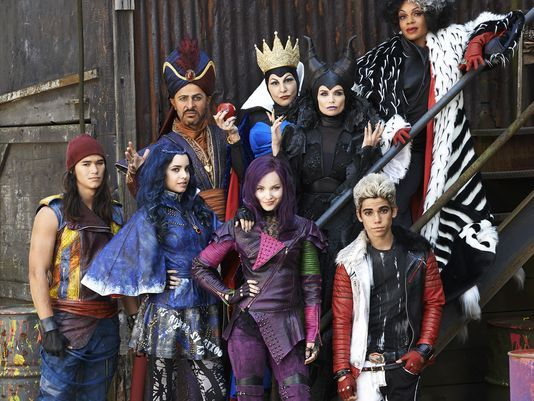 Descendants 3 - Characters - cast - Mal daughter Malefica