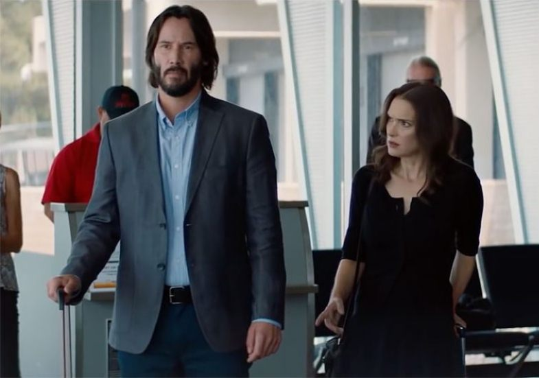 Destination Wedding - film scene airport Keanu Reeves Winona Ryder
