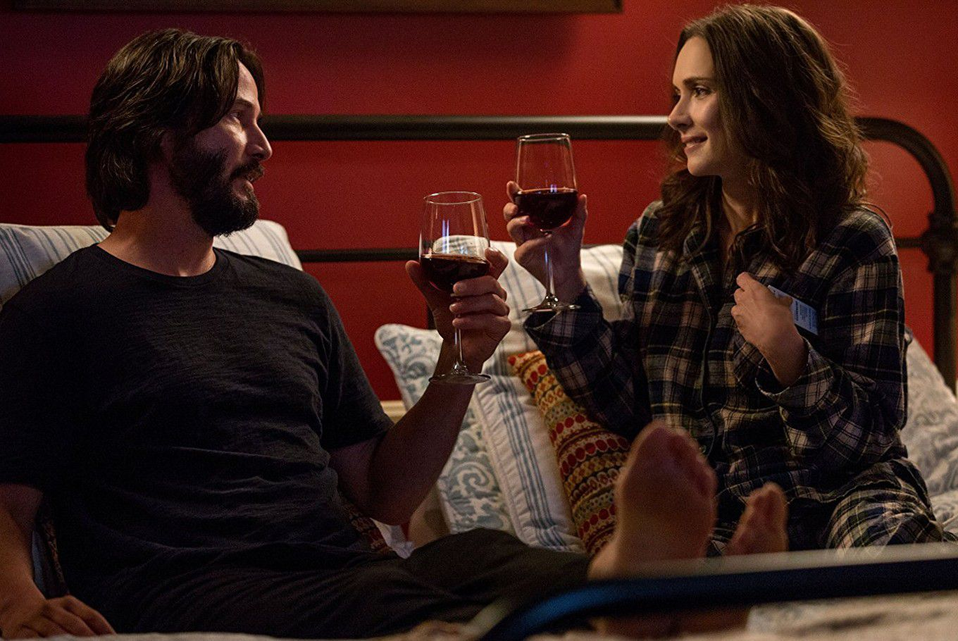 Destination Wedding - film scene bed and wine Keanu Reeves Winona Ryder