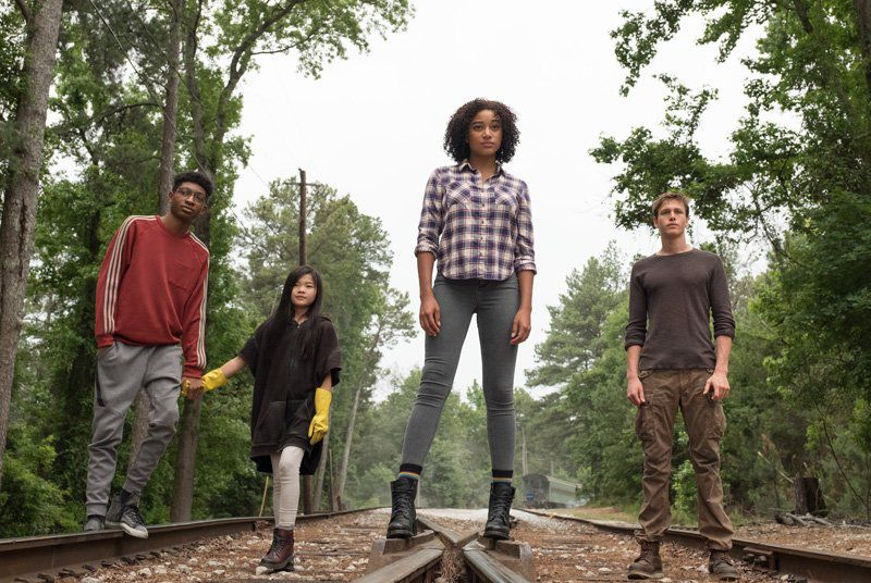 The Darkest Minds - Cast: Amandla Stenberg is Ruby Daly, Harris Dickinson is Liam, Mandy Moore is Cate - SciFi Mutant Film 2018