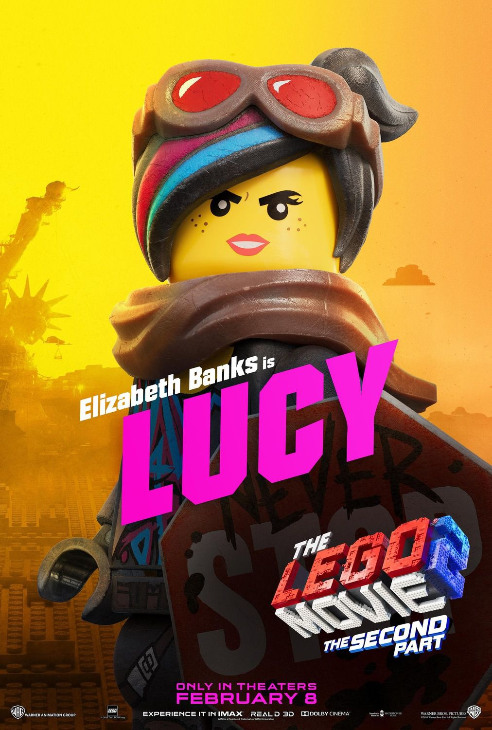 Elizabeth Banks is Lucy