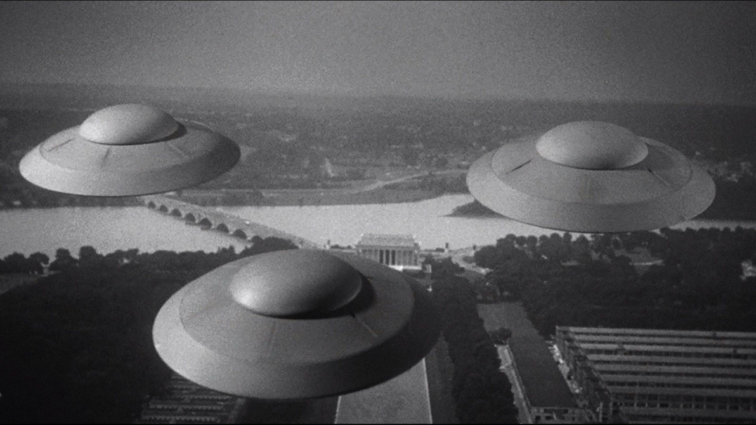 Earth vs the Flying Saucers (1956) UFOs