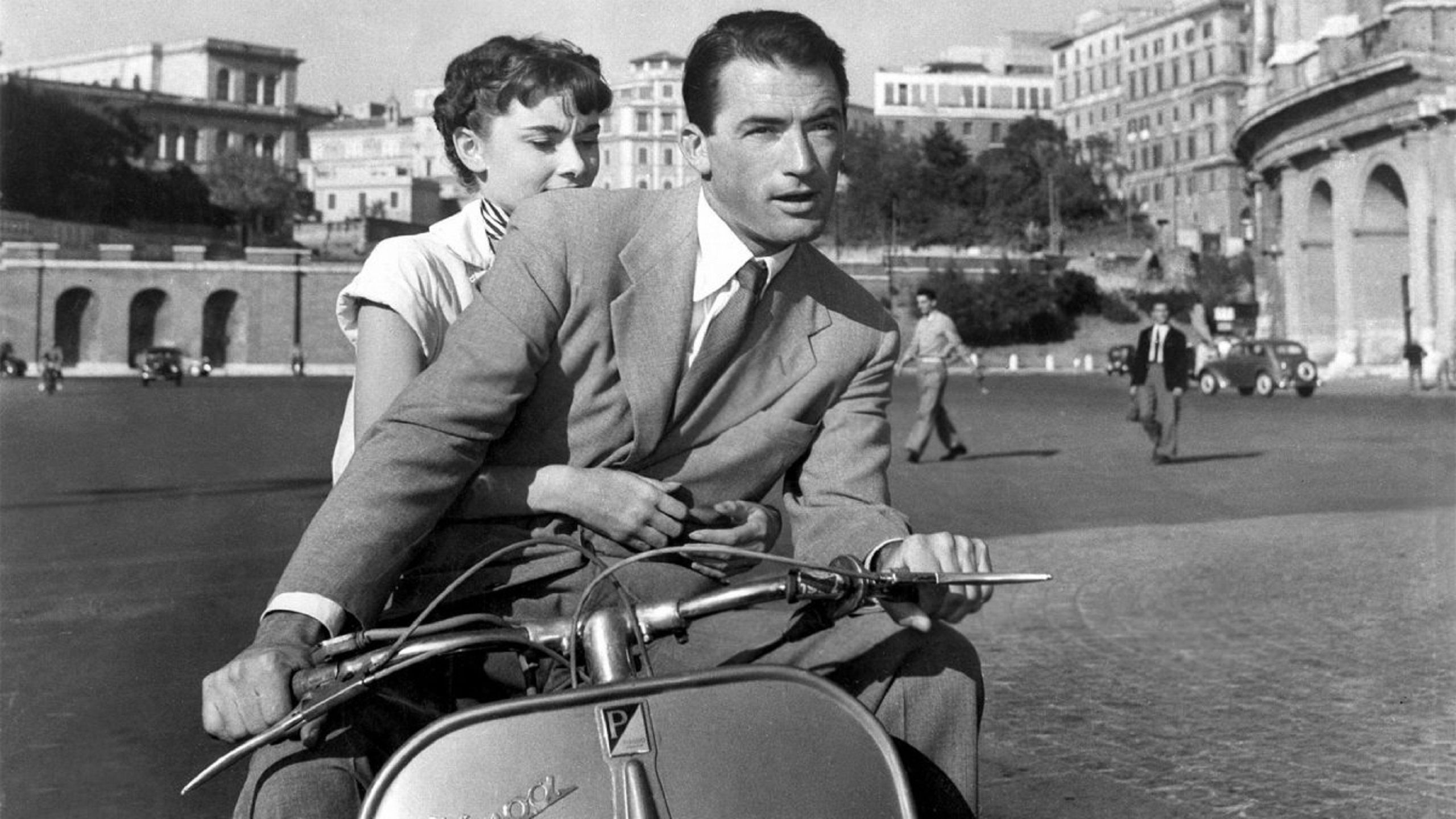 Vacanze Romane - Roman Holiday (1953) Gregory Peck and Audrey Hepburn on Vespa