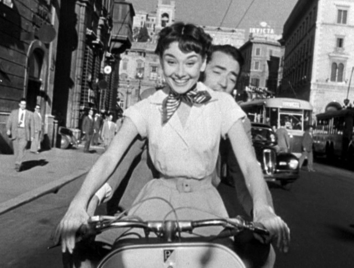 Vacanze Romane - Roman Holiday (1953)  Audrey Hepburn and Gregory Peck on Vespa