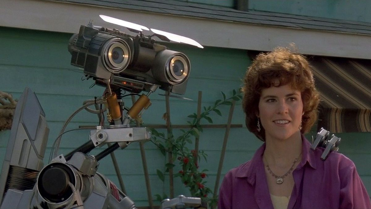 Short Circuit number five scene home