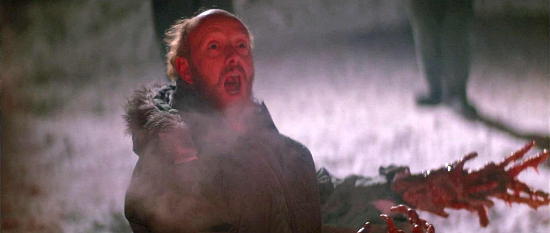 The Thing 1982 scene bloody hands