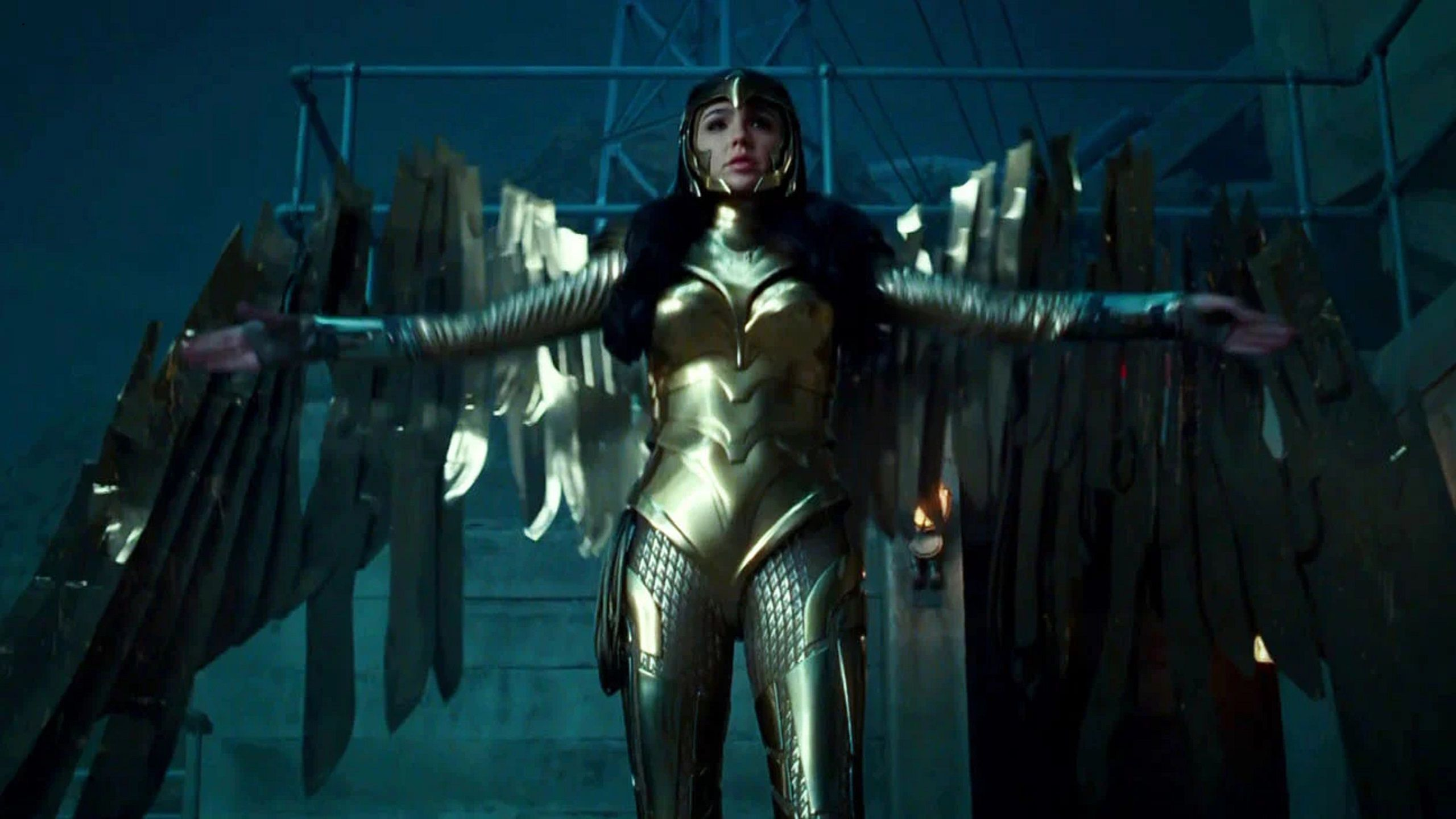 Wonder Woman 1984 Golden Eagle Armor Special