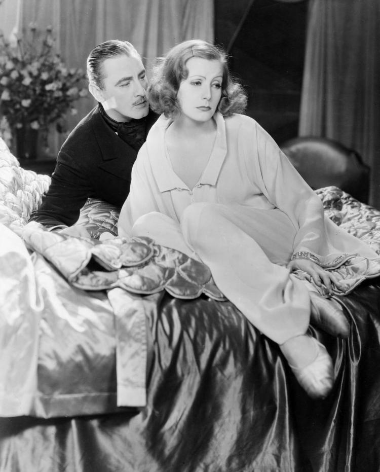 Grand Hotel - classic 1932 film - Greta Garbo, John Barrymore