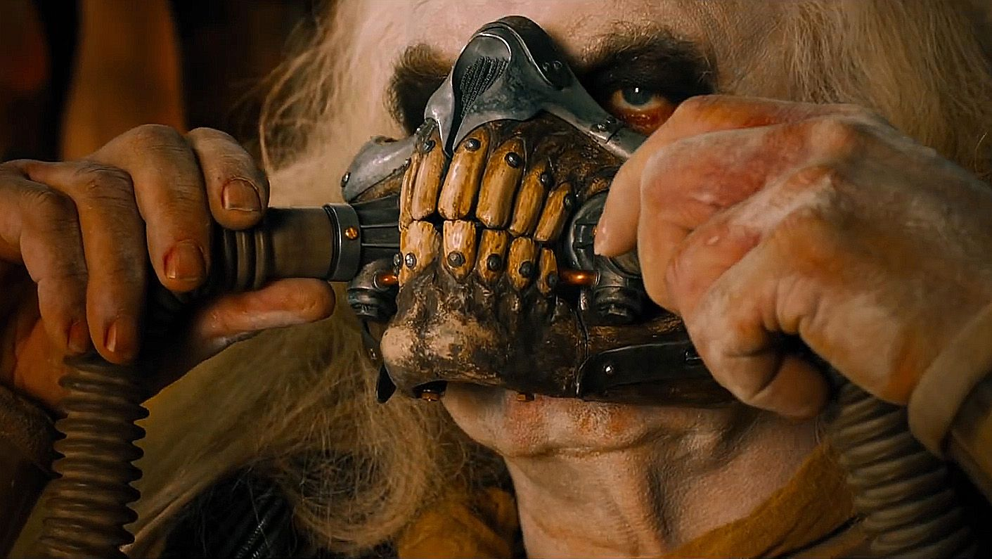 Hugh Keays-Byrne is Immortan Joe - denti - teeth