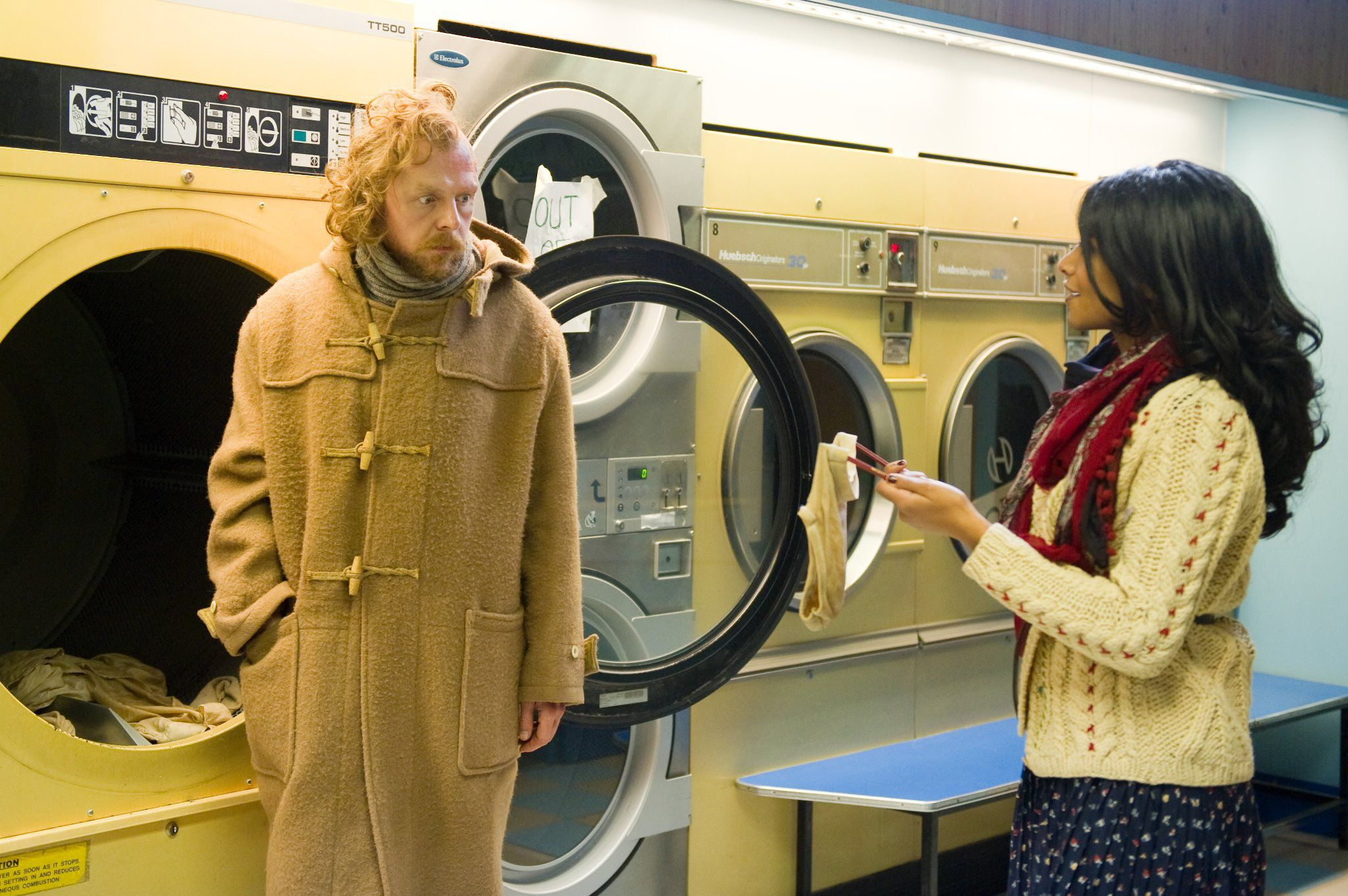 Film - Fantastic Fear of Everything - Simon Pegg - laundry