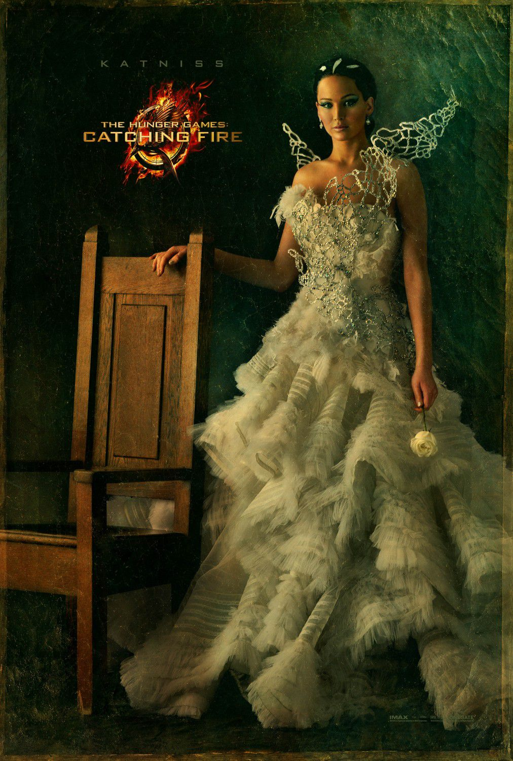 Jennifer Lawrence is Katniss Everdeen - white wedding dress