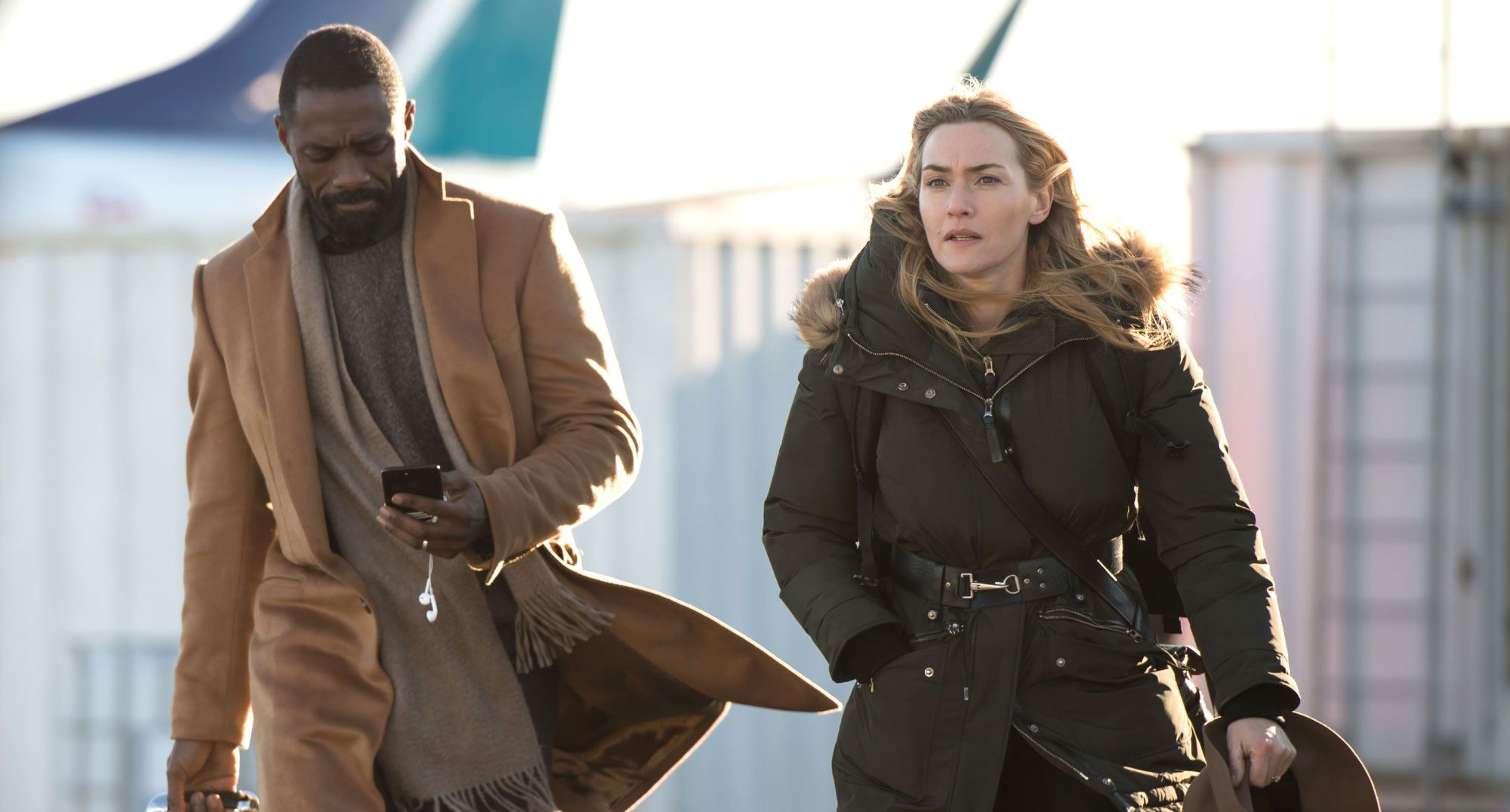 The Mountain Between Us - il Domani tra di Noi - Idris Elba - Kate Winslet - film scene