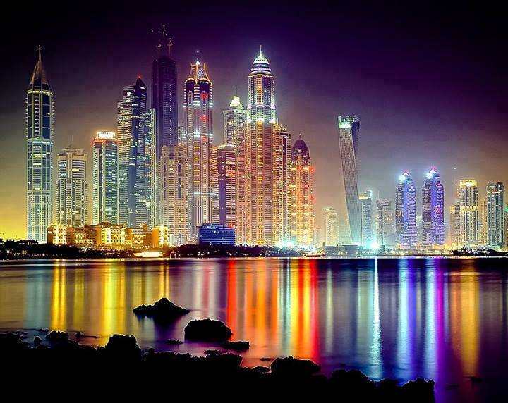Awaken Dubai by night