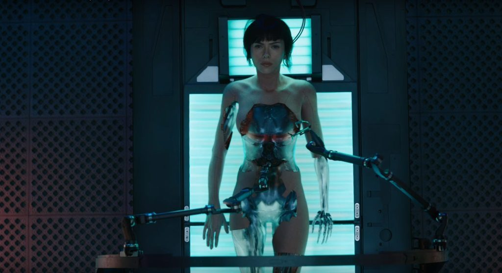 Ghost in the Shell (live action 2017) - cyborg - repair - Maggiore - Major - Scarlett Johansson