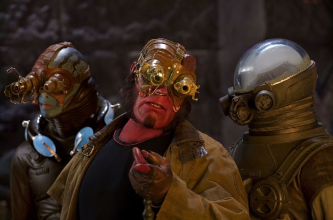 Hellboy 2 - Golden Army - live action film - poster -