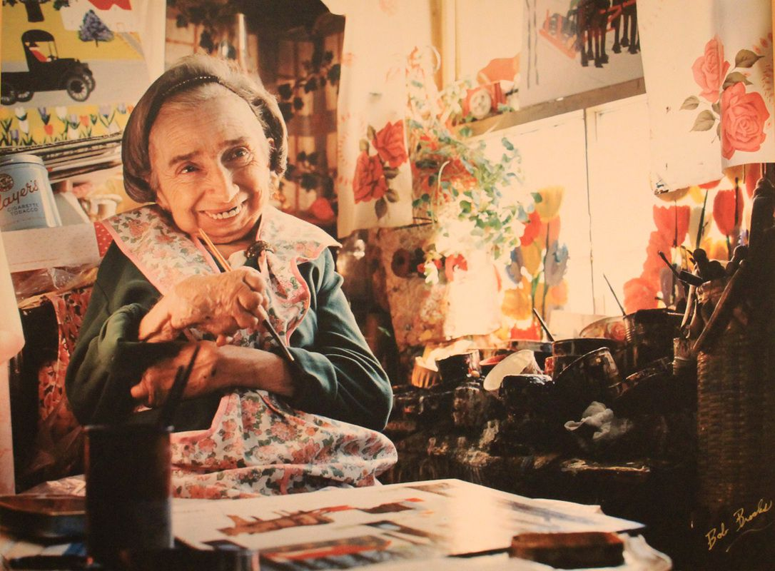 Maud Lewis the real artist - painter - working