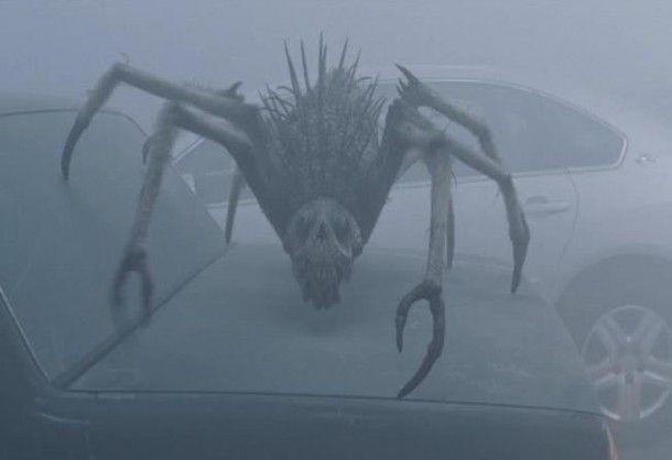 Film - The Mist - scene - scena - monster spider