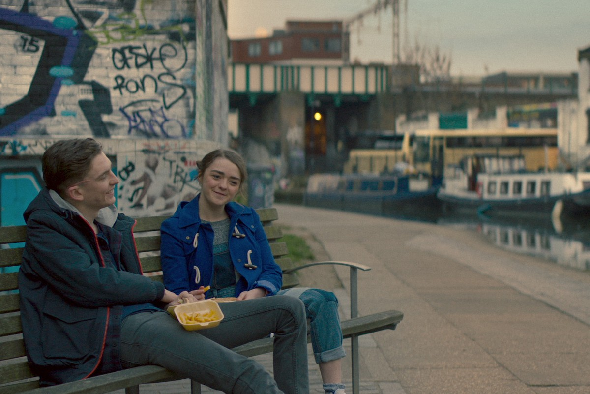iBoy - scifi netflix production - Bill Milner - Maisie Williams