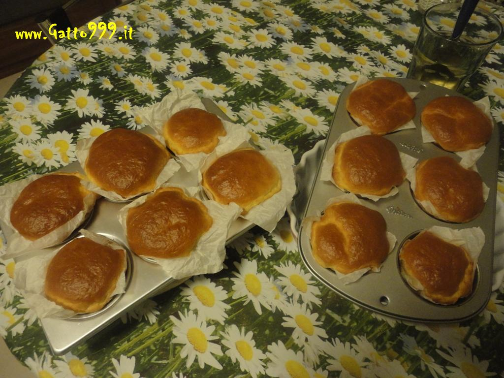 Ricetta - Babà (fatti in casa) - Italian Babà Recipes - Howto Home Made