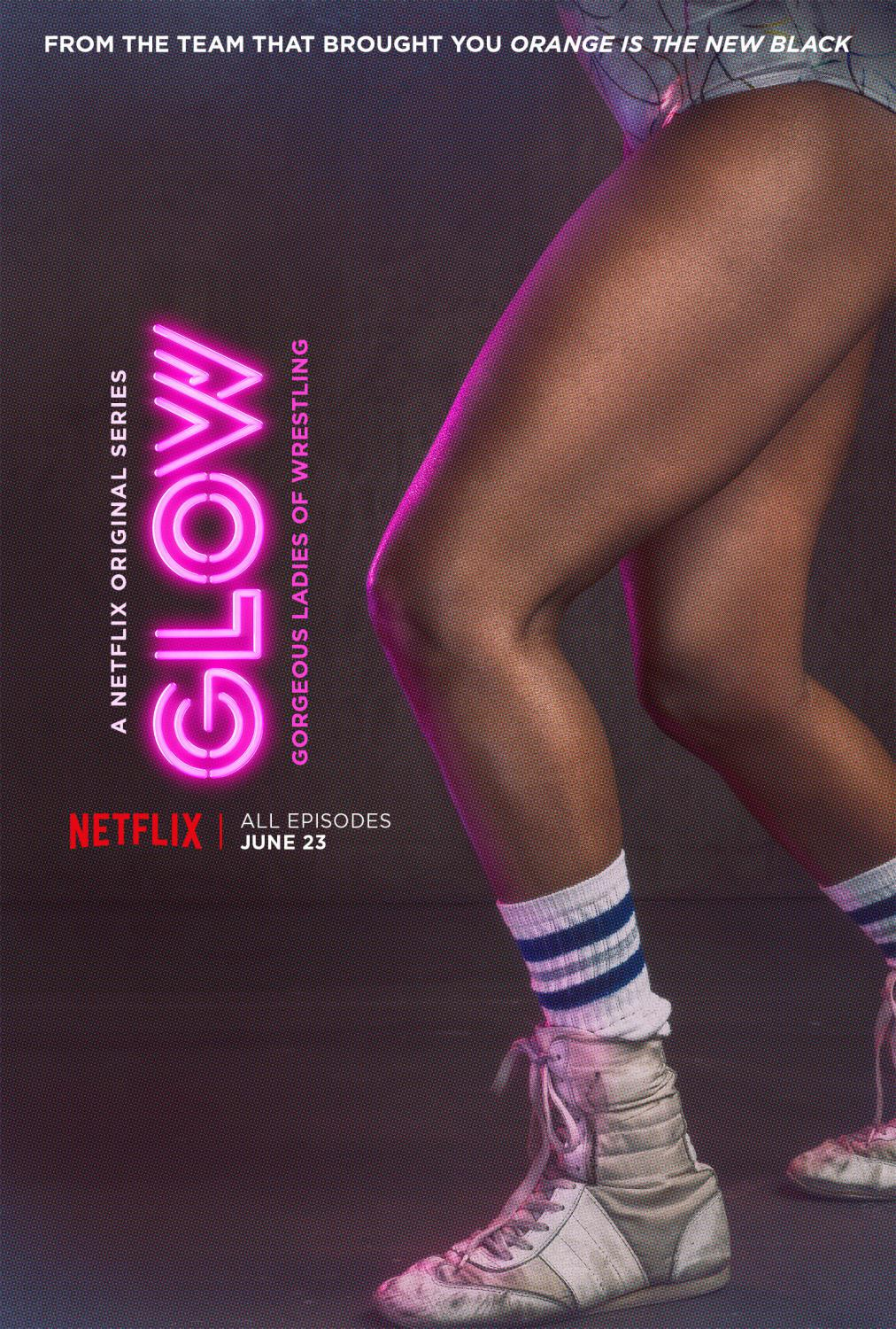 Series Netflix - GLOW - Gorgeous Ladies of Wrestling - legs poster