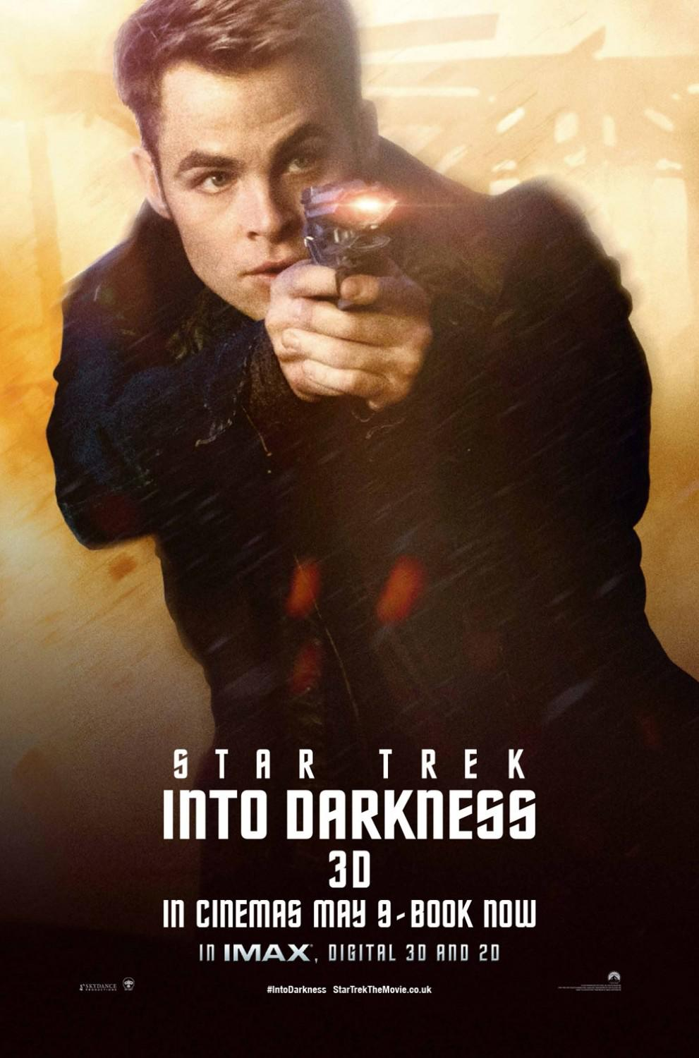 Star Trek 12 - Star Trek into Darkness - poster - young Kirk