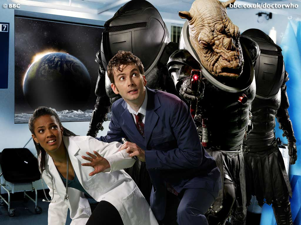 Doctor Who - 3x01 Smith and Jones (Judoon on the Moon)