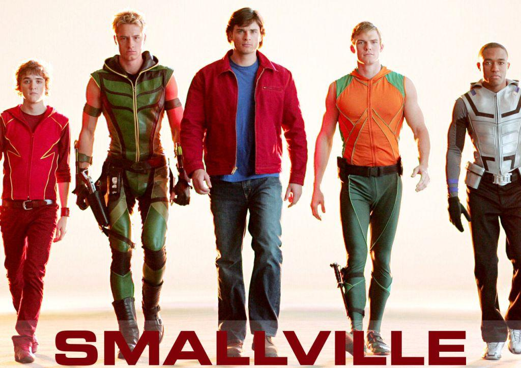 Smallville - Superheroes